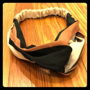 Accessories - Boho style twist headband